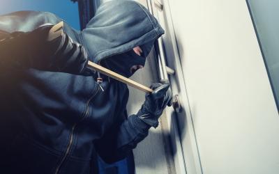 Haustür sichern – neue KfW-Förderung nutzen