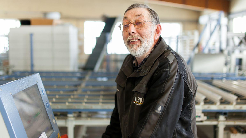Hans-Joachim Leiwer, Produktionsmitarbeiter Zuschnitt seit 1976