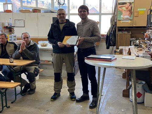 Johann Hein - seit 25 Jahren tätig als Produktionsmitarbeiter im Bereich Fensterbau