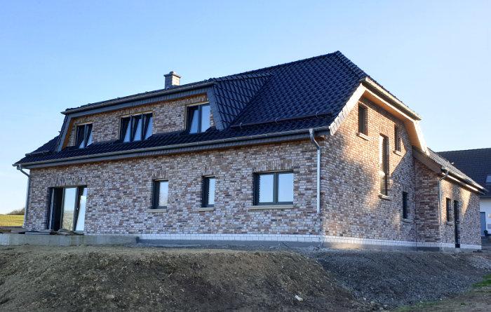 JOLEKA Baustelle Klinker Haus