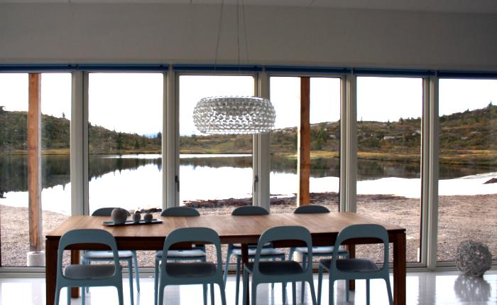 Holz innen - Glasfront außen