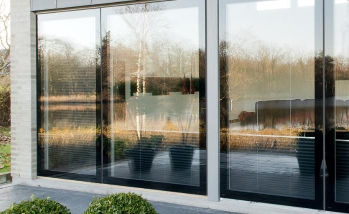 Glasfront Holzfenster
