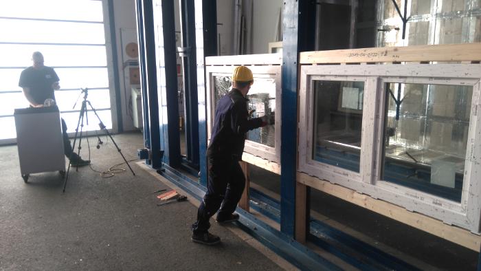 Sicherheitsprüfung RC3 Fenster
