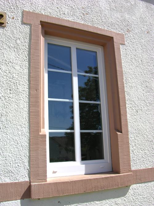 Kunststofffenster mit Alu-Sprossen