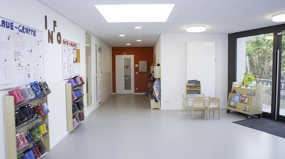 Neuer Kindergarten mit JOLEKA Fenstern